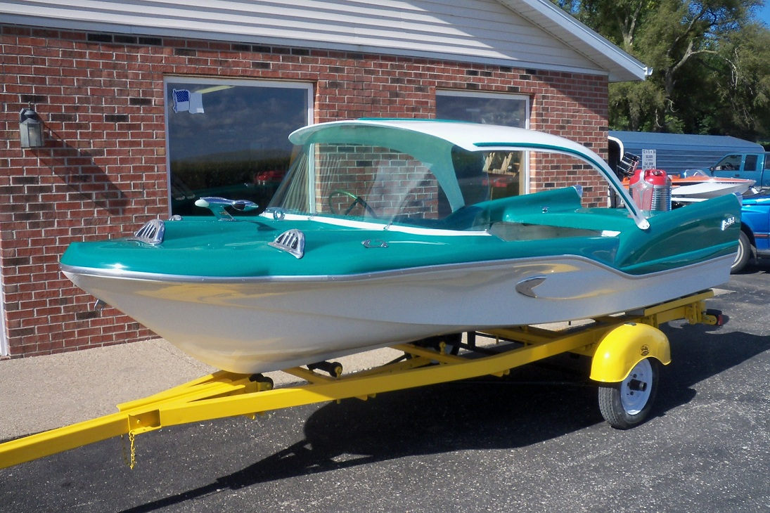 Fiberglassics another terrific day 1958 redfish shark for Norris craft boats for sale